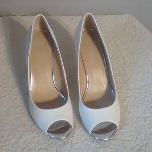 Shoes - Mootsies Tooties Heels